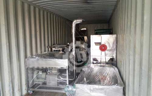 Chili grinding roasting cleaning machine for Sri Lanka loading into container